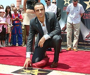 Berbatov is feeling well in Manchester United