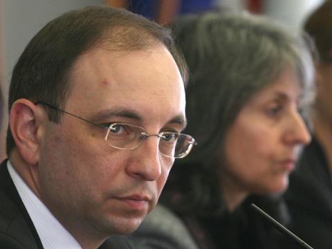 Minister Vasilev visits schools