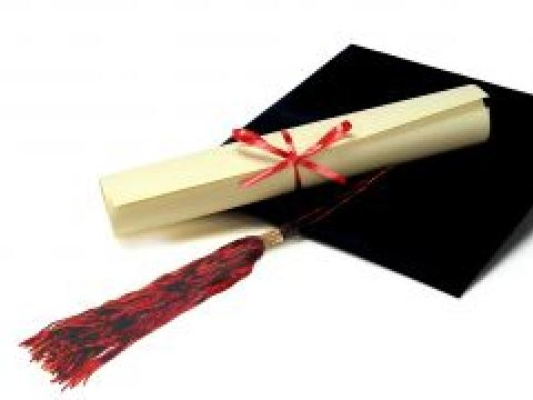Hologrpahic sticker on the diplomas this spring