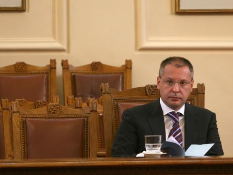 Stanishev: Hotels can't be constructed in the yards of our universities
