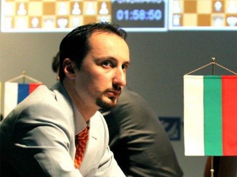 The chess games between Topalov – Kamsky live on the Internet