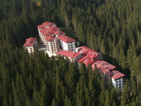 Half of the hotels in Pamporovo – working