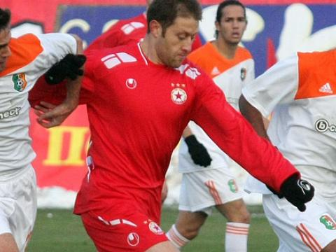 A victory in the eternal derby could decide the title