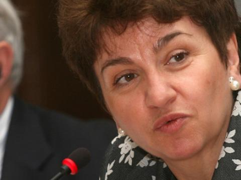 The position of the EC for SAPARD should not be tied to the elections