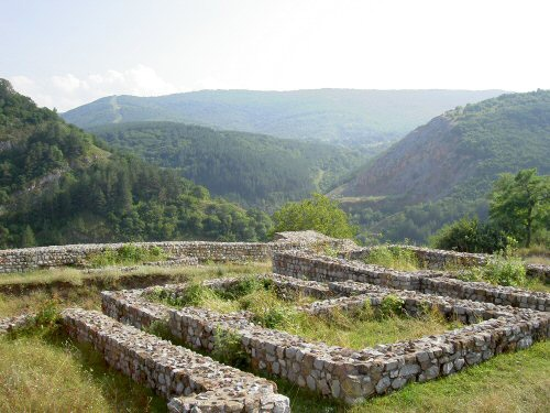 Ancient Bulgaria castle found near greece border