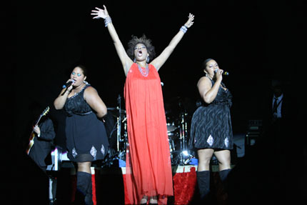 Macy Gray rocks Bulgarian fans