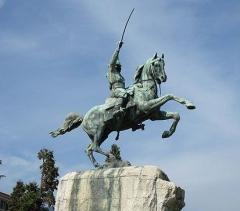 Garibaldi on horseback will adorn Sofia